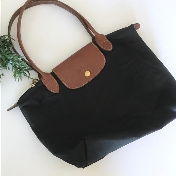 Longchamp Handbags - Longchamp Black Le Pliage Tote Bag